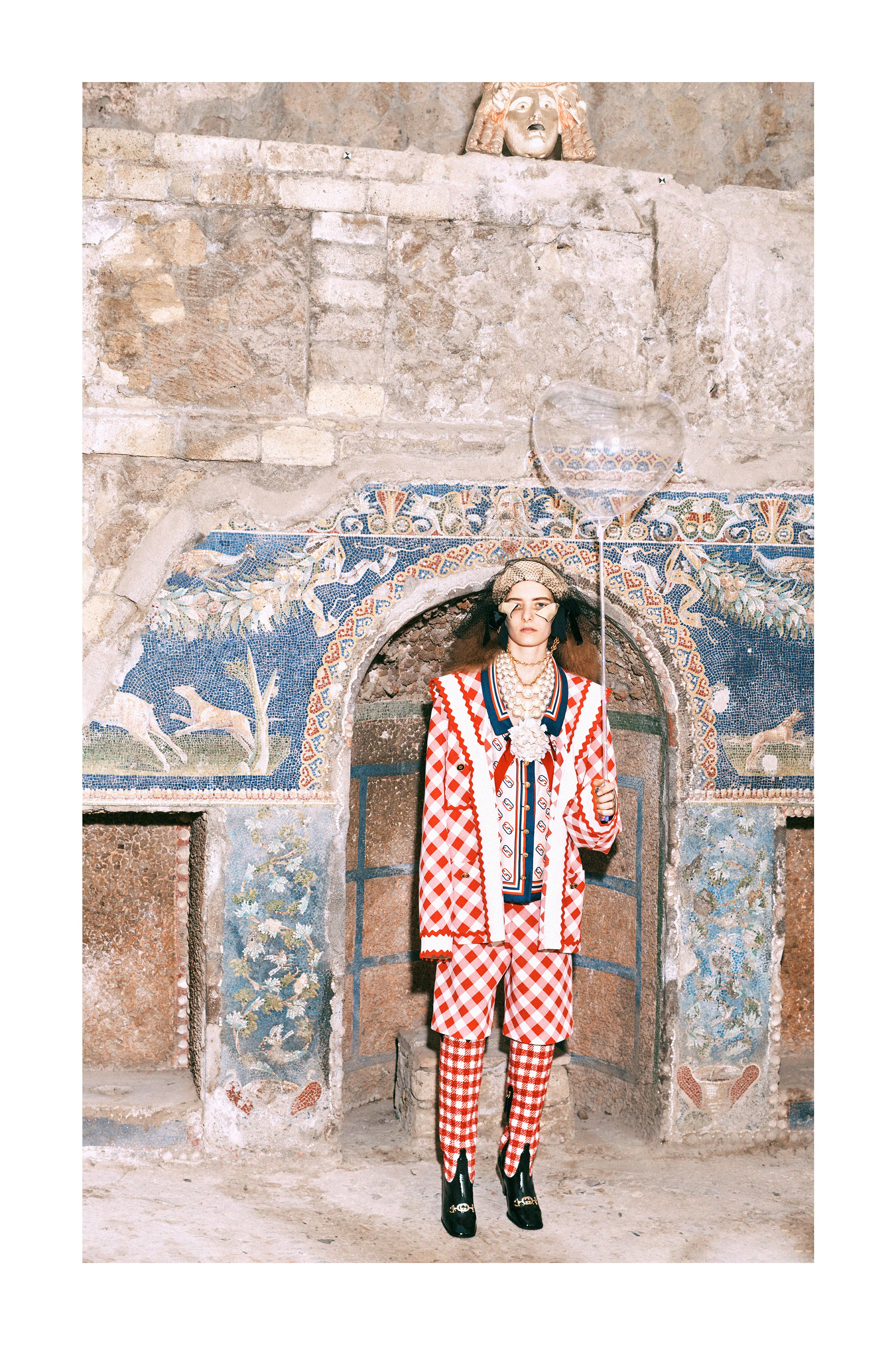 GUCCI - Pre-fall 2019  Photographer: Harmony Korine Model: Zumi Rosow, Achok Majak, Amelleah Thomas, Delphi Mcnicol, Elia Sophia, Iraida Grit, Mea Lapres, Dwight Hoogendijk, Emmanuel Adjaye, Matiss Rucko, Paul-Hendrick Piho, Rai Langlois, Thomas Riguelle Location: Pompei &  Herculaneum, Italy