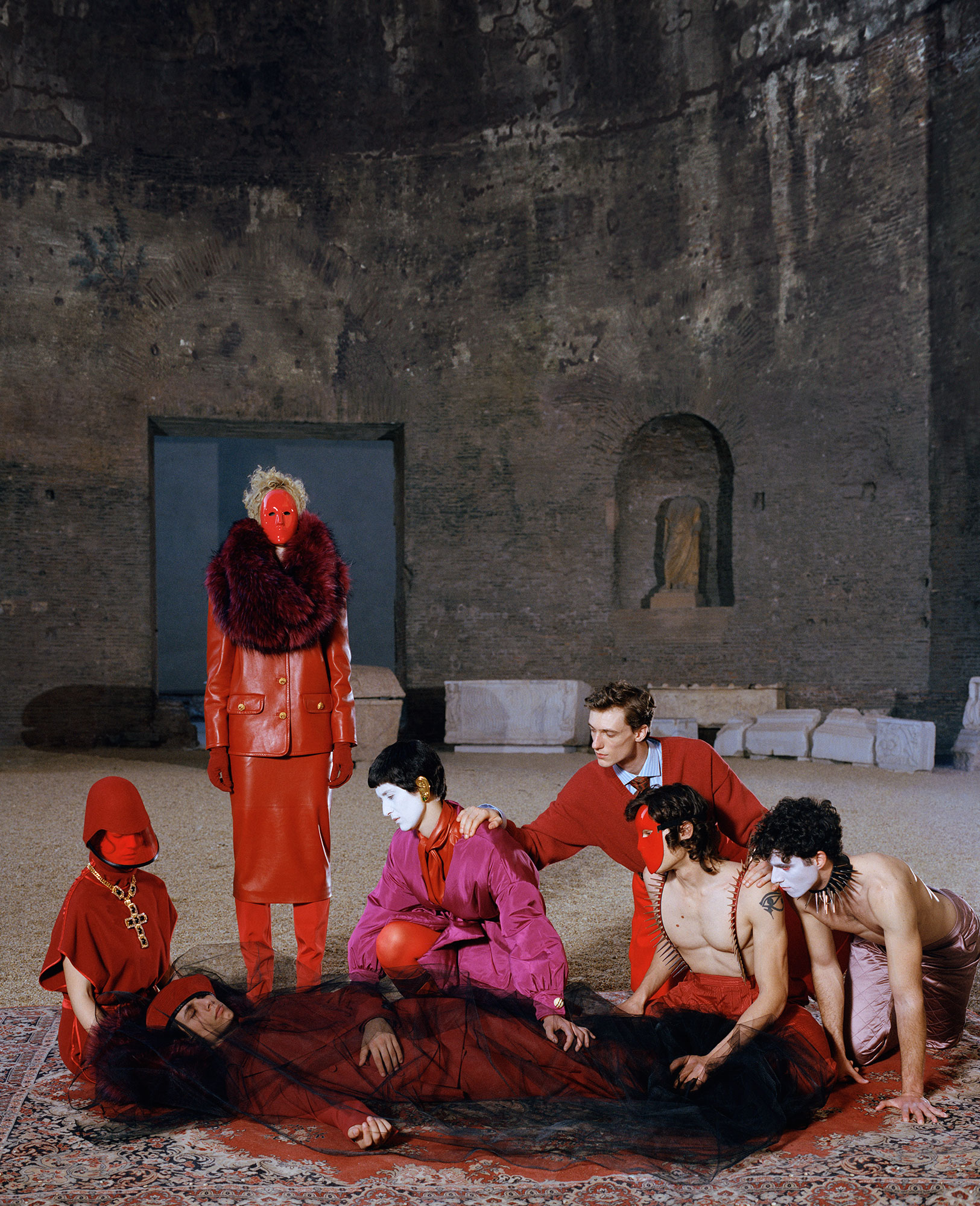 DUST MAGAZINE - Wearing Gucci AW19/20 Photographer: Reto Schimd Model: Francesco Di Napoli, Silvia Calderoni, Stefania Casini, Achille Bonito Oliva Stylist: James Valeri Location: Rome - Baths of Diocletian